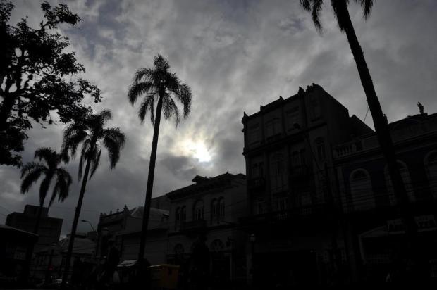 Chuva começa a perder intensidade nesta terça-feira Anselmo Cunha/Agencia RBS