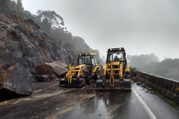 Daer não tem previsão para liberar a Rota do Sol após deslizamentos Prefeitura de Itati/Divulgação