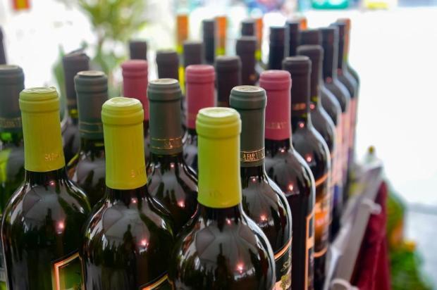 Feira na Praça Dante Alighieri terá vinhos a partir de R$ 10 Adriano Chaves/Divulgação