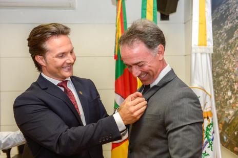 Prefeito de Caxias do Sul viaja para o Paraná e seu chefe de Gabinete e irmão para os EUA (Mateus Argente/Divulgação)