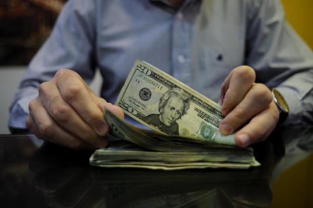 Variação do dólar impacta preços de produtos em Caxias do Sul Antonio Valiente/Agencia RBS