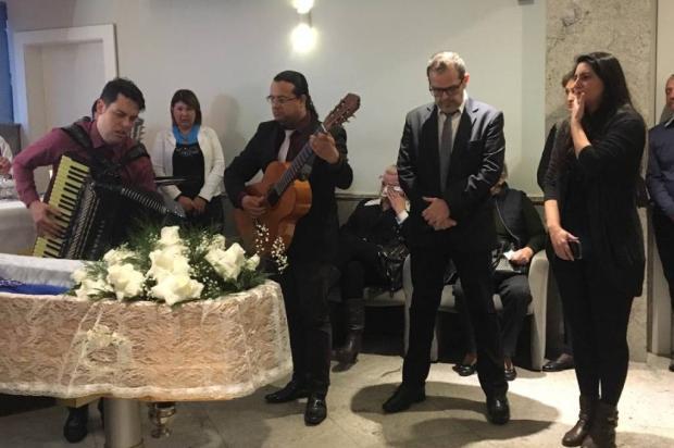 VÍDEO: velório da fundadora da Chardonnay, em Caxias do Sul, tem tango e valsa Milena Schäfer / Agencia RBS/Agencia RBS
