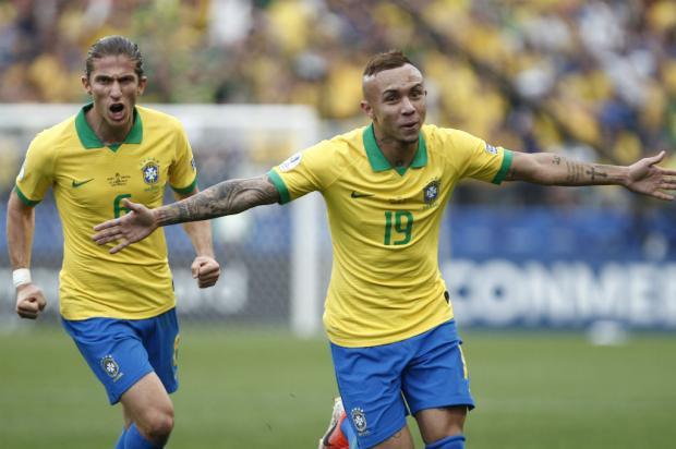 Brasil de Tite goleia o Peru por 5 a 0 e avança às quartas de final MIGUEL SCHINCARIOL / AFP/AFP