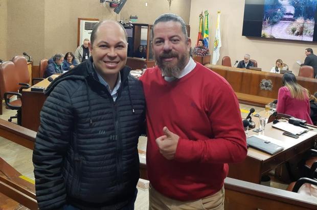Vereadores governistas de Caxias tentam passar imagem de harmonia Facebook/Reprodução
