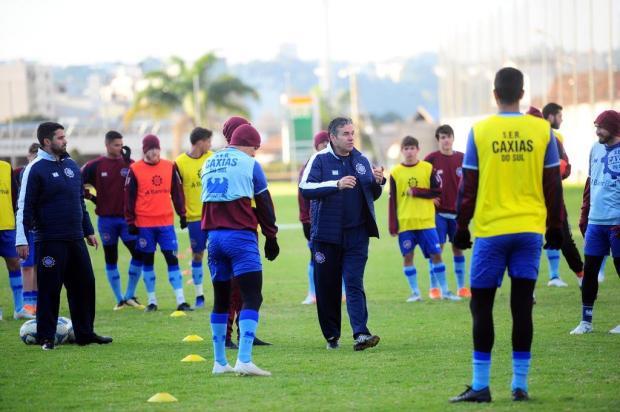 Com duas mudanças, Paulo Henrique Marques comanda primeiro treino no Caxias Porthus Junior/Agencia RBS