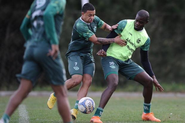Juventude pode ter cinco mudanças na equipe titular que encara o Luverdense Antonio Valiente/Agencia RBS