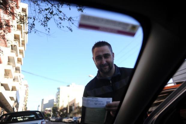 """""""Tive um ganho de 50% depois do início da fiscalização"""", diz motorista de aplicativo regularizado Marcelo Casagrande/Agencia RBS"""