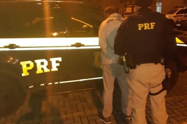 Alcoolizado e com habilitação suspensa, motorista é preso pela PRF em Caxias do Sul Divulgação / Polícia Rodoviária Federal/Polícia Rodoviária Federal