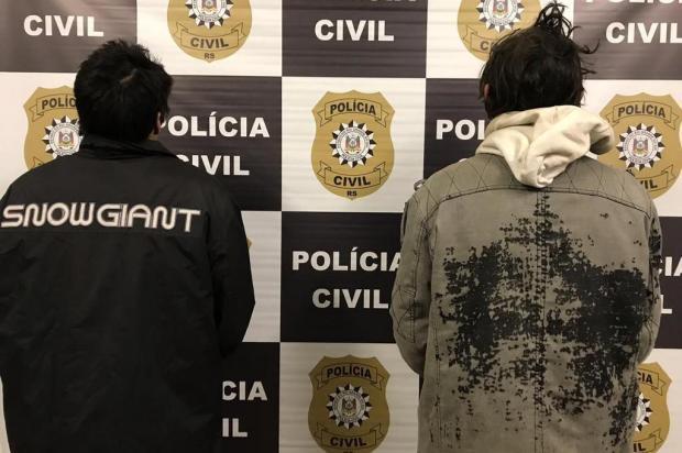 Dupla que matou homem a pedradas é presa em Caxias Polícia Civil/Divulgação