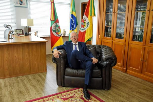 Protocolado novo pedido de impeachment do prefeito de Farroupilha Caiani Lopes/Divulgação