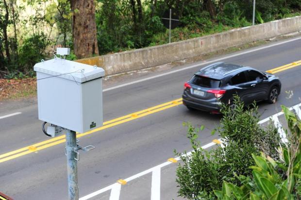 Lombadas eletrônicas da BR-116, em Caxias do Sul, são ligadas Porthus Junior/Agencia RBS