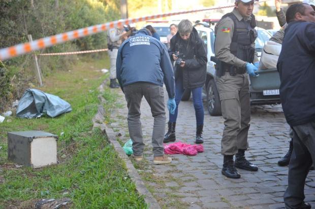 Cofre encontrado ao lado de homem morto em Caxias do Sul teria sido roubado de residência no bairro Exposição Lucas Amorelli / Agência RBS/Agência RBS