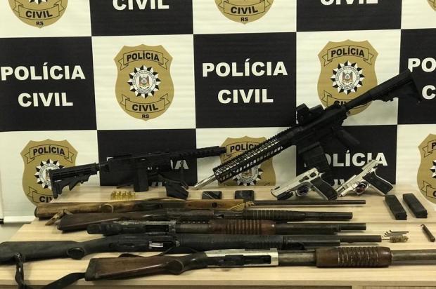 Fuzil apreendido em Alto Feliz era alugado para assaltos a banco no RS Polícia Civil/Divulgação