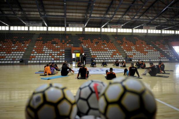 ACBF enfrenta Joaçaba pelas oitavas de final da Liga Futsal Lucas Amorelli/Agencia RBS