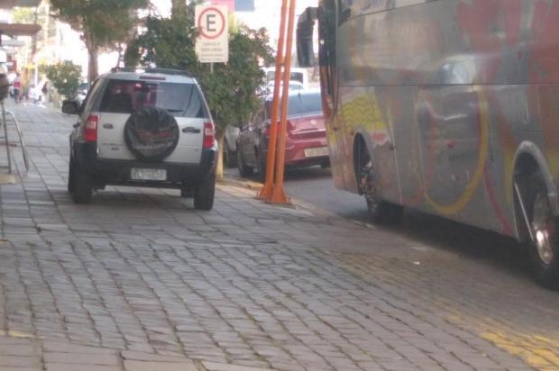 O desrespeito clássico ao pedestre Divulgação/Divulgação