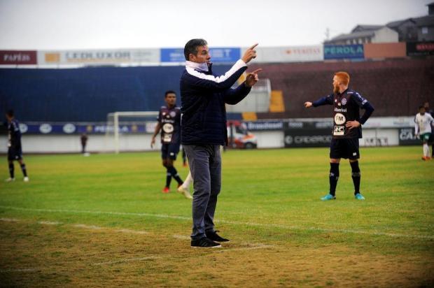 """""""Eu comemorei o 1 a 0 pela produção"""", diz técnico do Caxias sobre a vitória contra o Manaus Marcelo Casagrande/Agencia RBS"""