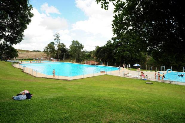 Câmara derruba veto de prefeito e promulga lei que regra uso de piscinas coletivas em Caxias Marcelo Casagrande/Agencia RBS