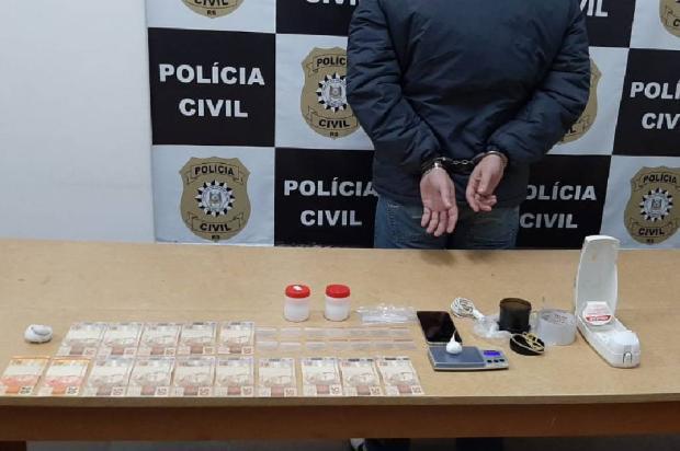 Pela segunda vez, Polícia Civil prende suspeito de manter telentrega de drogas em Vacaria Polícia Civil  / Divulgação /Divulgação