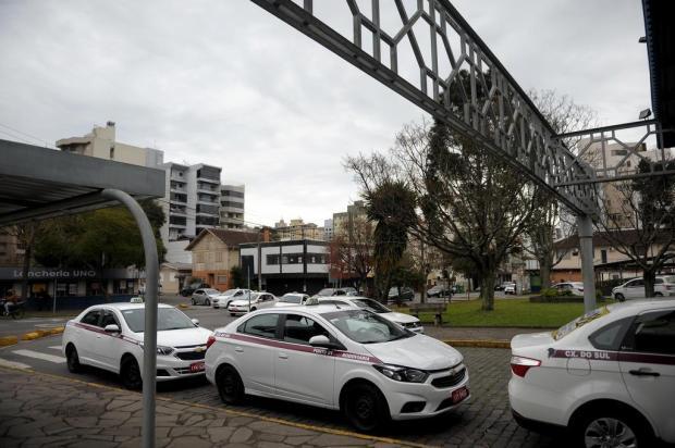 Motoristas de aplicativo se reúnem com taxistas em Caxias após registros de chamadas falsas Lucas Amorelli/Agencia RBS