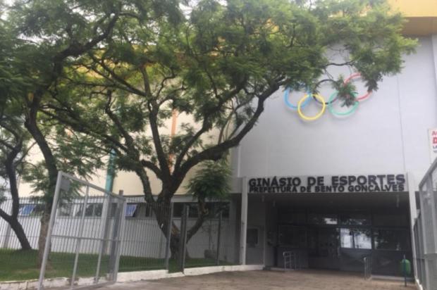 Prefeitura de Bento assina ordem de início de obras esportivas e de troca de calçadas Prefeitura de Bento Gonçalves/Divulgação