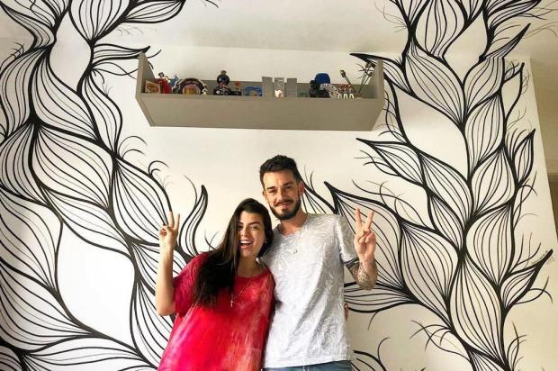 Artista caxiense pinta quarto da cantora Petra, filha de Maurício Mattar Arquivo pessoal/Divulgação