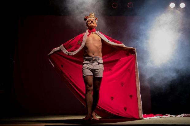 """Temporada teatral do espetáculo """"Freddie Rock Star"""" reuniu cerca de 1 mil pessoas em Caxias Clau Silva/Divulgação"""