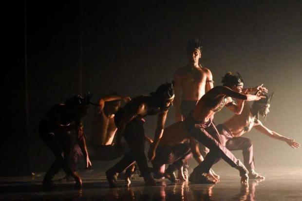 Bailarino porto-alegrense participa de três ações da Mostra Sesc Dança Urbana, em Caxias Cintia Bracht/Divulgação