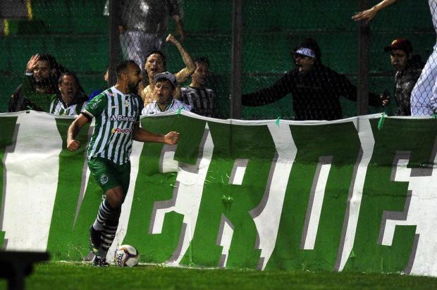 """""""É prévia de jogo de acesso"""", diz capitão do Juventude sobre vitória em cima do Tombense Porthus Junior/Agencia RBS"""