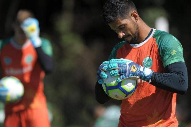 Sem relaxar para classificar: goleiro do Juventude projeta rodadas finais Lucas Amorelli/Agencia RBS