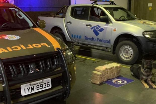 Receita Federal de Caxias encontra 41,4kg de pasta para cocaína escondida em compartimento secreto de carro Brigada Militar/Divulgação