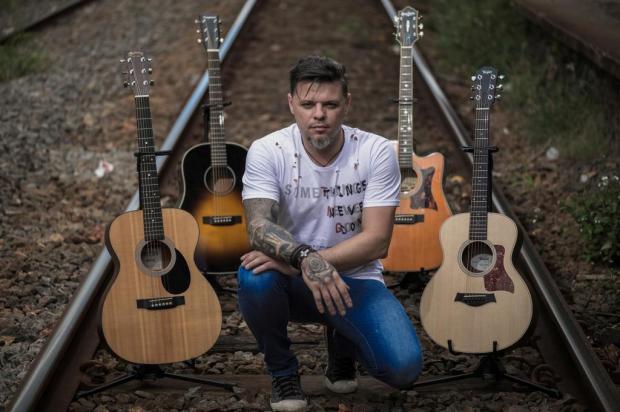 Caxias recebe show de um dos melhores intérpretes de Bon Jovi na América Latina em setembro Bon Jovi Acoustic Experience/Divulgação