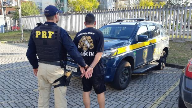 PRF prende, em Caxias do Sul, procurado da Justiça em dois estados Divulgação / PRF/PRF