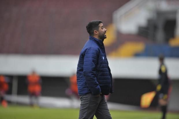 Técnico do Caxias se mostra satisfeito com estreia positiva da equipe Lucas Amorelli/Agencia RBS