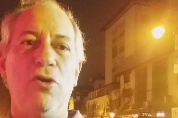 """Em Gramado para assistir """"Legalidade"""", Ciro Gomes enfrenta gritos pró-Bolsonaro no tapete vermelho Siliane Vieira/Agência RBS"""