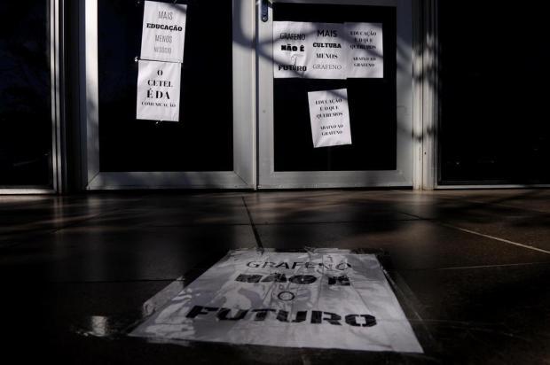 Com receio de perder laboratório de fotografia para produção de grafeno, alunos da UCS protestam Antonio Valiente/Agencia RBS