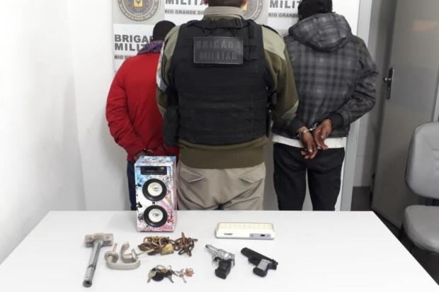 Jovens são detidos com armas de brinquedo em ação contra roubo ao transporte coletivo em Caxias Brigada Militar/Divulgação