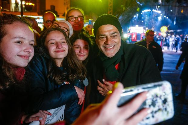 """Um dos mais tietados no tapete vermelho, Du Moscovis fala sobre o filme """"Veneza"""" Edison Vara / Agência Pressphoto, Divulgação/Agência Pressphoto, Divulgação"""