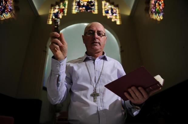 """""""É um mistério da fé"""", diz padre de Caxias do Sul procurado por fiéis para a cura de diversos males Marcelo Casagrande/Agencia RBS"""