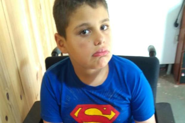 Menino com paralisia cerebral precisa de ajuda para comprar alimentação especial em Caxias Arquivo Pessoal/Divulgação