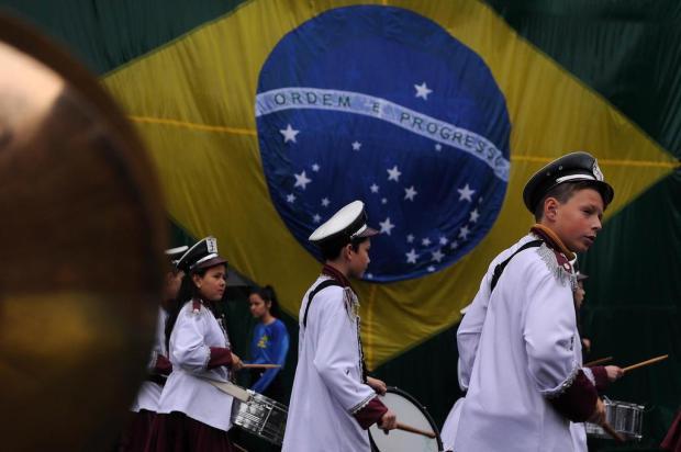 Apesar da instabilidade do clima, Desfile da Independência ocorreu em Caxias marcelo Casagrande/Agencia RBS