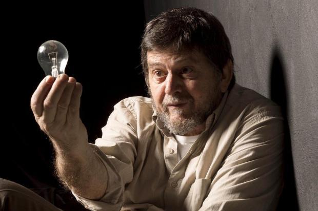 Monólogo de Celso Frateschi é atração desta terça-feira no 21º Caxias em Cena Edson Kumasaka/Divulgação