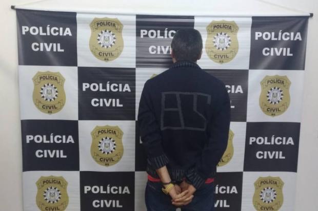 Suspeito de roubo à residência é preso no bairro Santo Antônio, em Farroupilha Divulgação / Polícia Civil/Polícia Civil