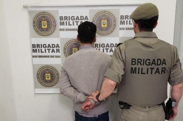 Depois de roubar carro e circular com mãe e filho de oito anos, homem tenta fugir e é preso em Caxias Brigada Militar/Divulgação