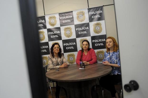 Projeto coloca psicólogos em delegacia para acolher e escutar mulheres agredidas em Caxias Lucas Amorelli/Agencia RBS