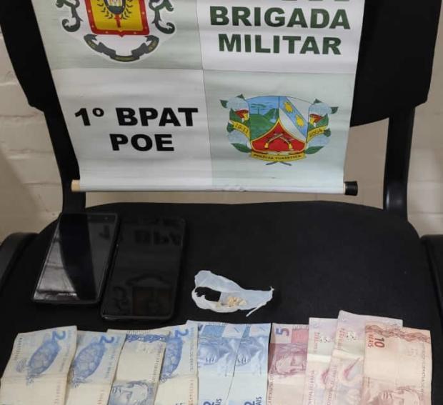 Dupla é presa por tráfico de drogas em Canela Divulgação / Brigada Militar/Brigada Militar