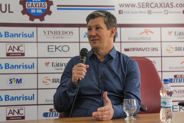 Ademir Bertoglio irá comandar o futebol do Caxias na temporada de 2020 Vitor Soccol / Caxias, Divulgação/Caxias, Divulgação
