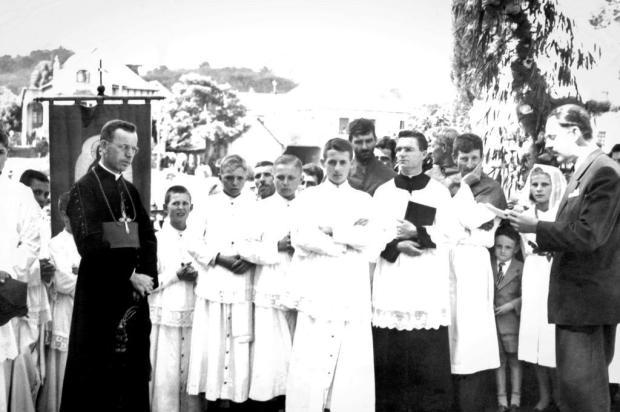 Santa Lúcia do Piaí: a visita de Dom Vicente Scherer em 1947 Acervo de Nuely Comunello/divulgação