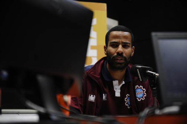 Volante do Caxias, Tássio diz que está adaptado ao estilo de jogo do futebol gaúcho Antonio Valiente/Agencia RBS