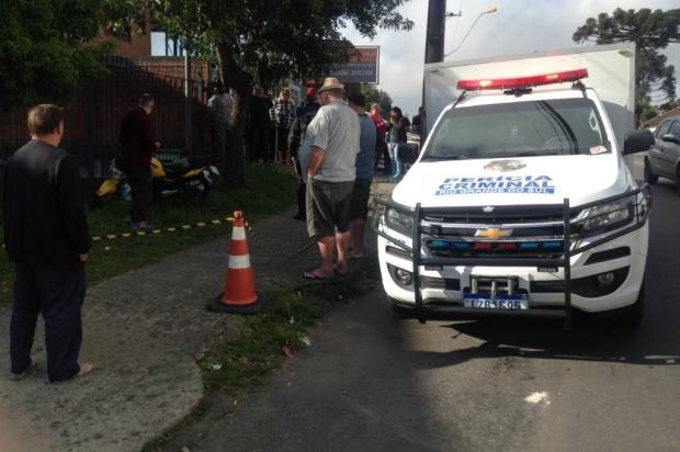 Motociclista é assassinado em frente à farmácia em Caxias do Sul Marcelo Passarella / Agência RBS/Agência RBS