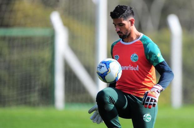 Juventude renova com goleiro Marcelo Carné Porthus Junior/Agencia RBS